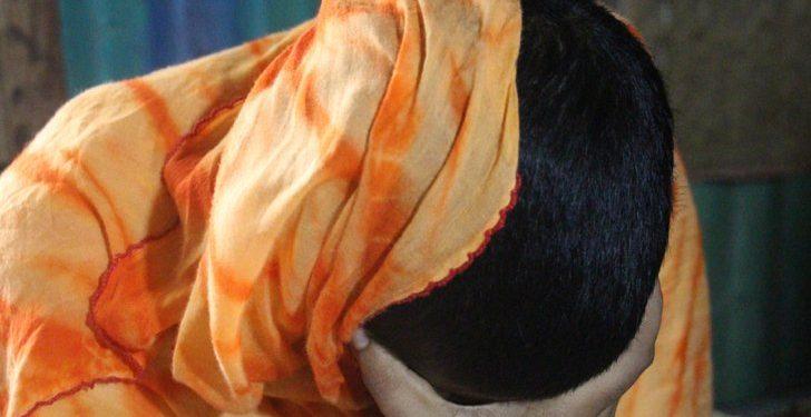 উচ্চ শিক্ষা নেয়ায় স্ত্রীর চুল কেটে পুড়িয়ে দেন মাদ্রাসাশিক্ষক