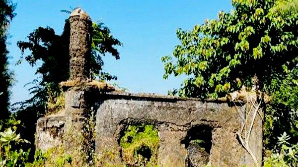 মেরিন ড্রাইভে সন্ধান মিলল শতবছর পুরনো প্রাচীন মসজিদের