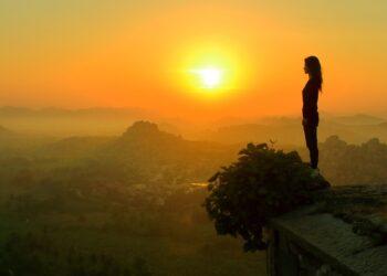 বিশ্বে প্রথম আত্মহত্যা ঠেকাতে 'নিঃসঙ্গ মন্ত্রী'নিয়োগ দিল জাপান