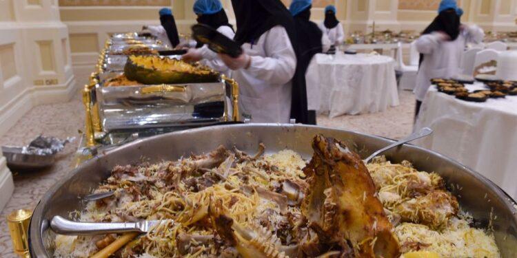 বিশ্বে খাদ্য অপচয়ের দিক থেকে শীর্ষে সৌদি আরব