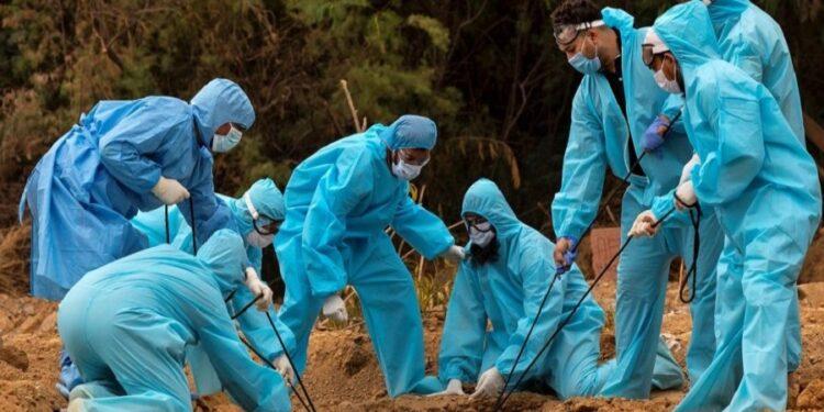 করোনায় বিশ্বেজুড়ে আরও ১৪ হাজারের বেশি মৃত্যু